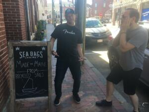 06091 - farting around in Portsmouth, NH